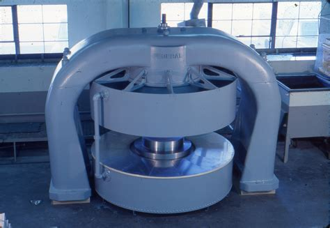 Cyclotron Replica   Scale Models Unlimited