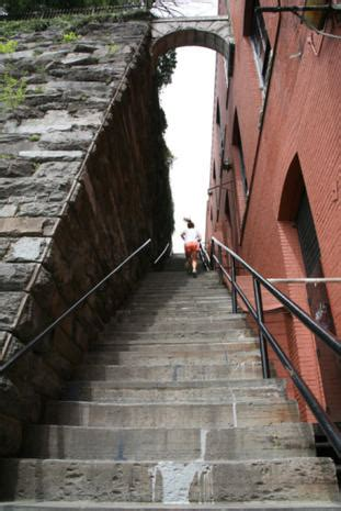 """""""The Exorcist"""" steps, 1973 - Then and now: Horror movie"""