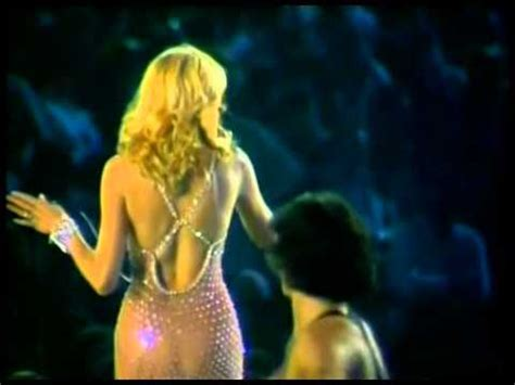 AMANDA LEAR - Enigma (Give a bit of hmm to me