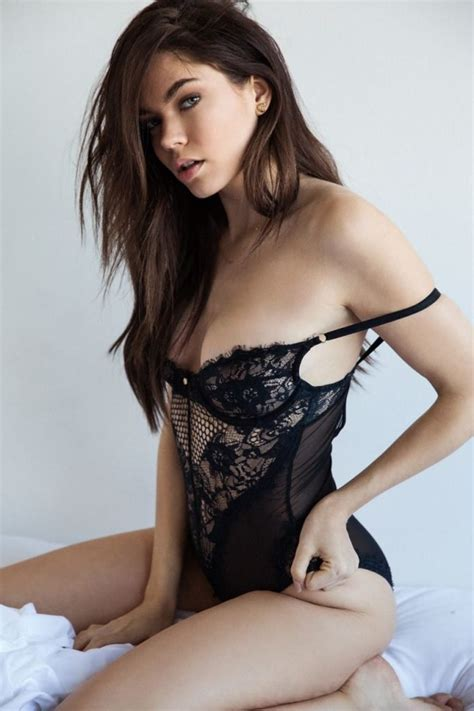 Aarika Wolf See Through & Sexy (12 Photos) | #TheFappening