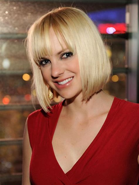 STAR CELEBRITY WALLPAPERS: Anna Faris HD Wallpapers