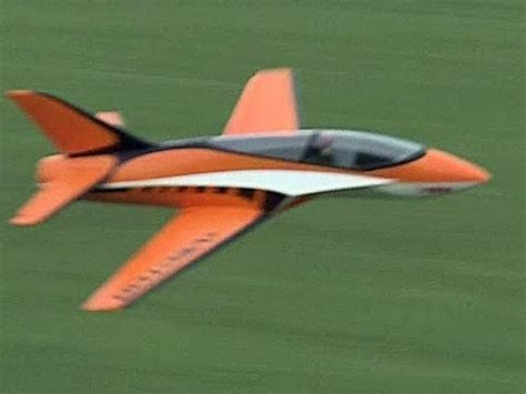 Modell-Flugzeuge - Praxis-Test   CHIP - YouTube
