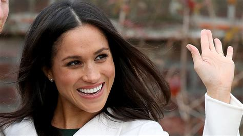 Watch Meghan Markle as a Briefcase Model on 'Deal or No