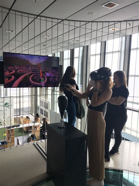 1HSE | Lentos Museum und Ars Electronica Center HLW19