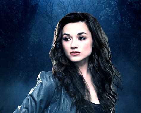 CRYSTAL REED ~ Celebrity Wallpapers - Emma Stone