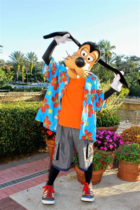 Unofficial Disney Character Hunting Guide: Halloween