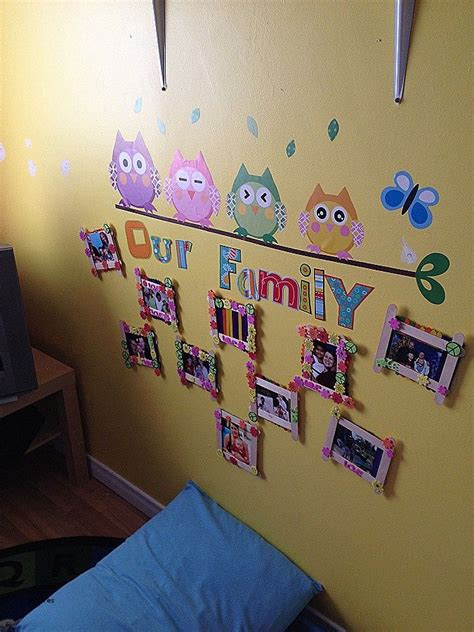 displaying family pictures in preschool classroom - Google