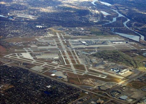 Across America, giving airports an upgrade - Reynolds Center