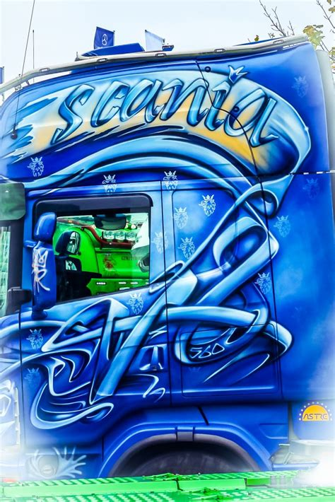 Scania Wallpapers - Free High Resolution Scania Truck Logo