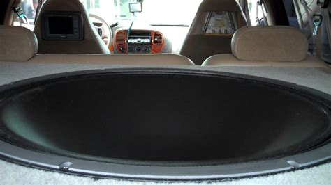 32 inch Subwoofer - YouTube